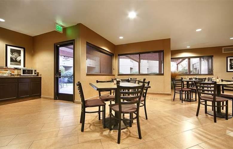 Holiday Inn Express Santa Rosa - Restaurant - 20