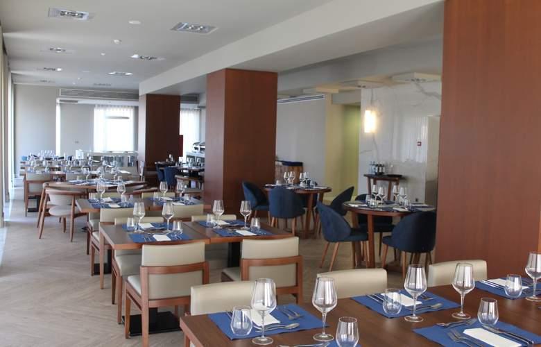 Meliá Setúbal - Restaurant - 4