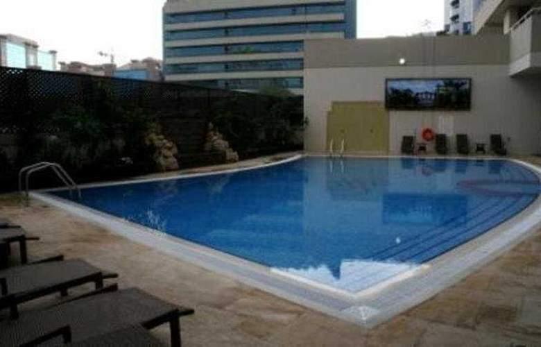 Flora Park - Pool - 7