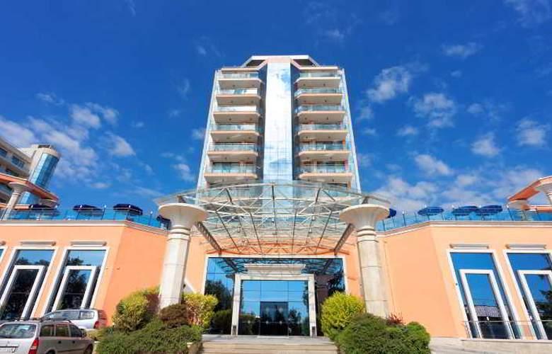 Astera Hotel & SPA - Hotel - 3
