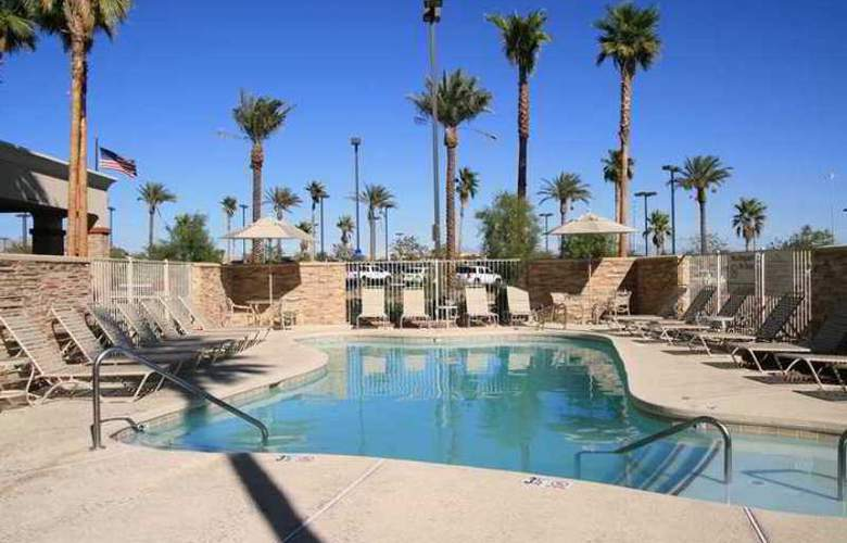 Hampton Inn & Suites Las Vegas Red Rock Summerlin - Hotel - 1