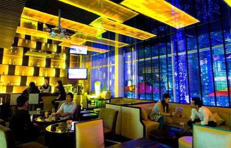 FuramaXclusive Asoke Bangkok - Bar - 5