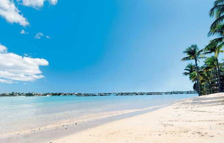 Le Mauricia Beachcomber Resort & Spa - Beach - 30