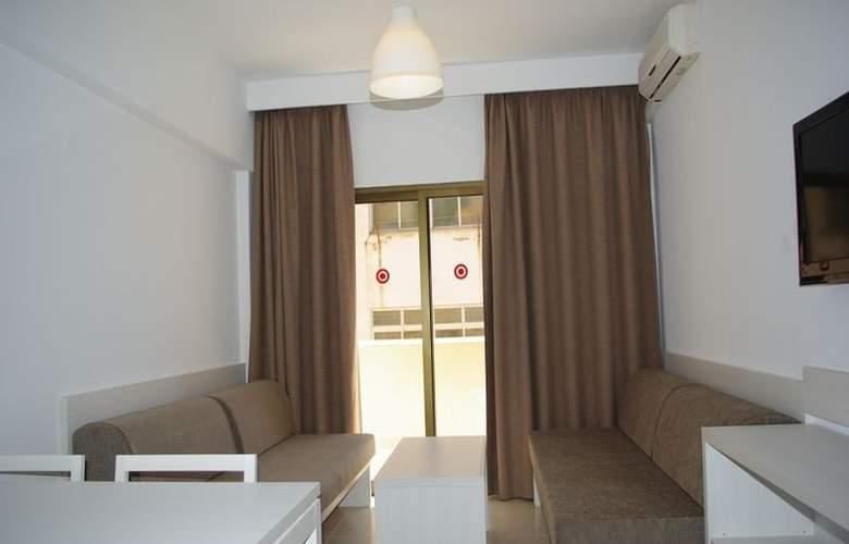 Embat - Room - 5