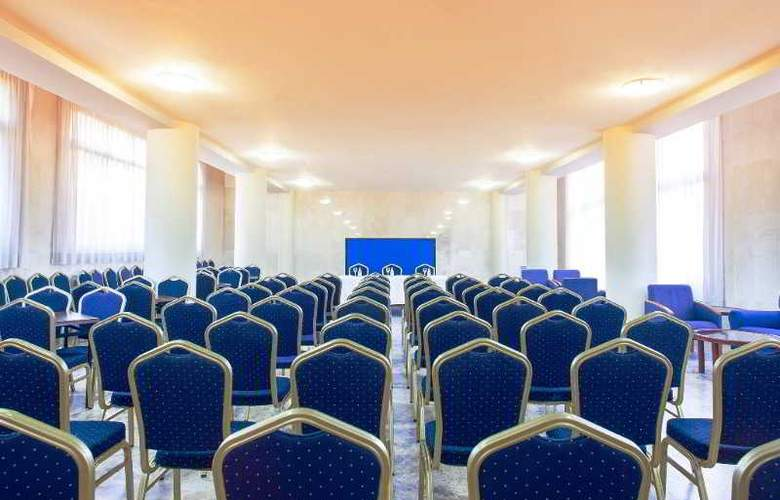 Primavera Park - Conference - 5