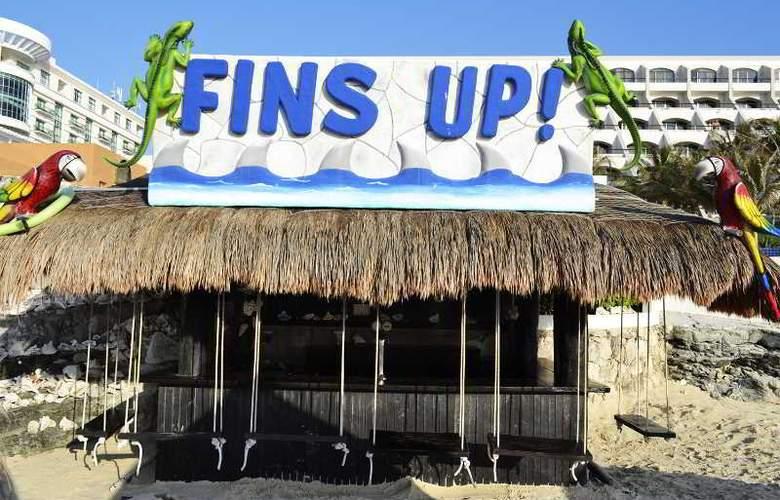 Golden Parnassus Resort & Spa All Inclusive - Bar - 15