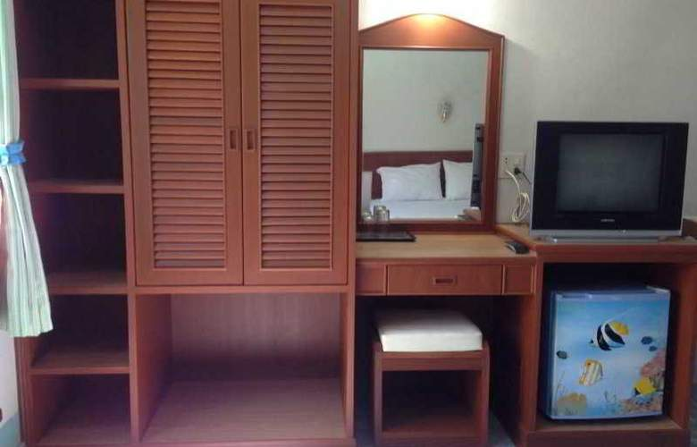 J Mansion - Room - 13