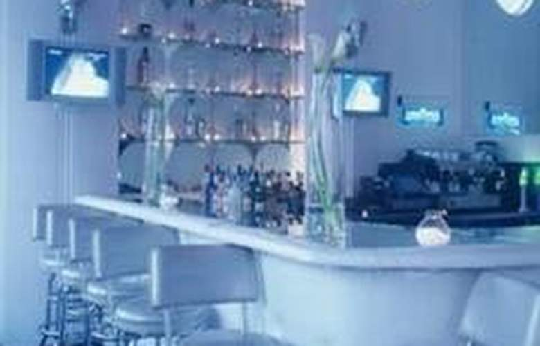 Whitelaw Hotel - Bar - 4