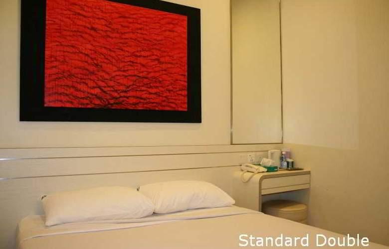 Hotel 81 Elegance - Room - 6