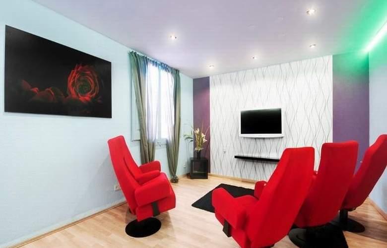 Barcelona 10 Apartments - Room - 1