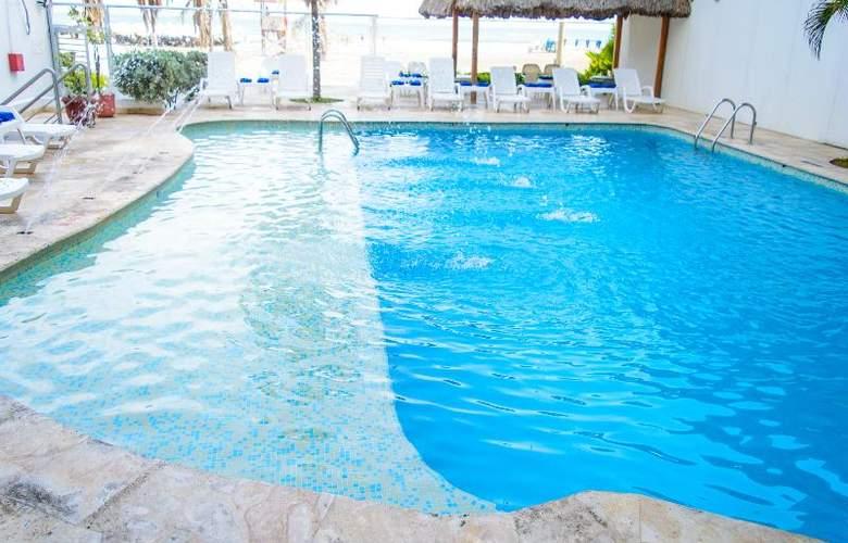 Playa Club - Pool - 15