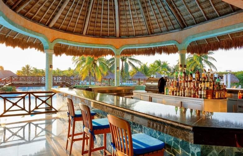 Grand Palladium Colonial Resort & Spa - Bar - 32