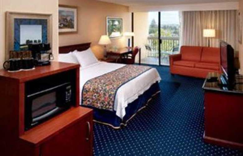Courtyard By Marriott Oxnard - Room - 1