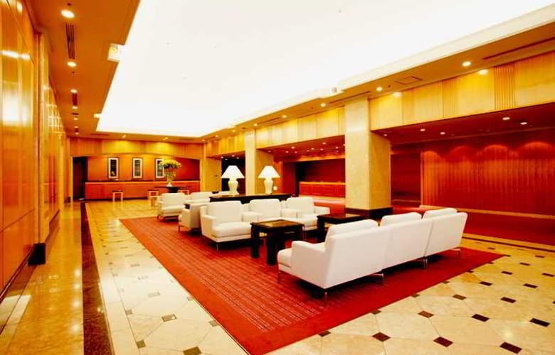 Century Royal Hotel - Hotel - 3