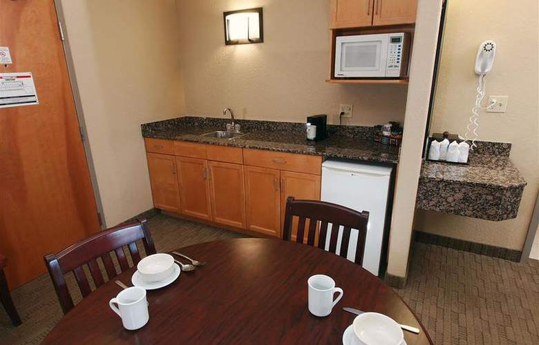 Best Western Pembina Inn & Suites - Room - 134