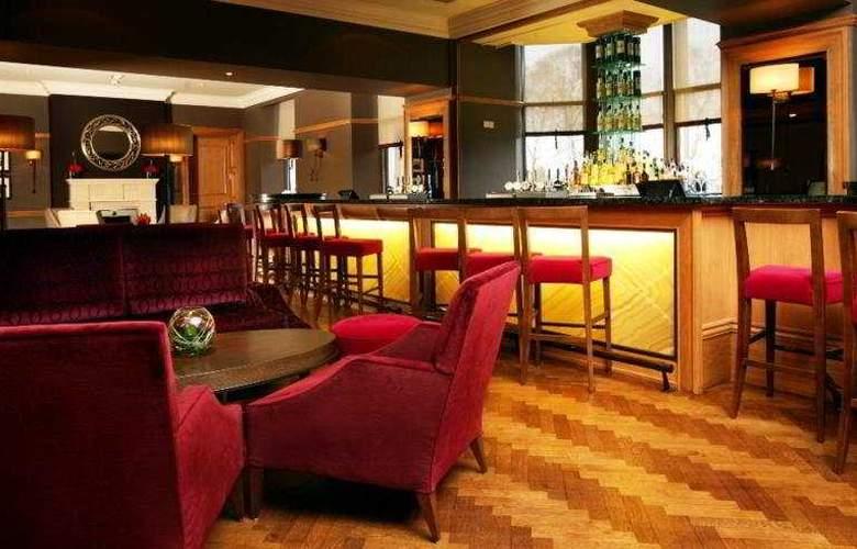 Doubletree by Hilton Dunblane Hydro - Bar - 9