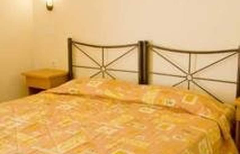 Epidavria - Room - 4
