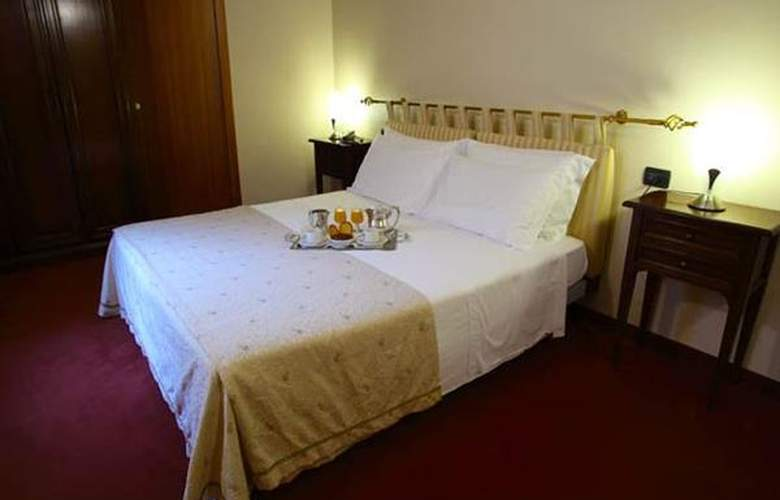 Lux - Hotel - 3
