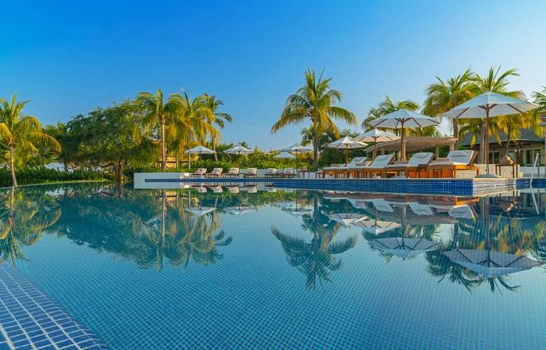St. Regis Punta Mita Resort - Pool - 3