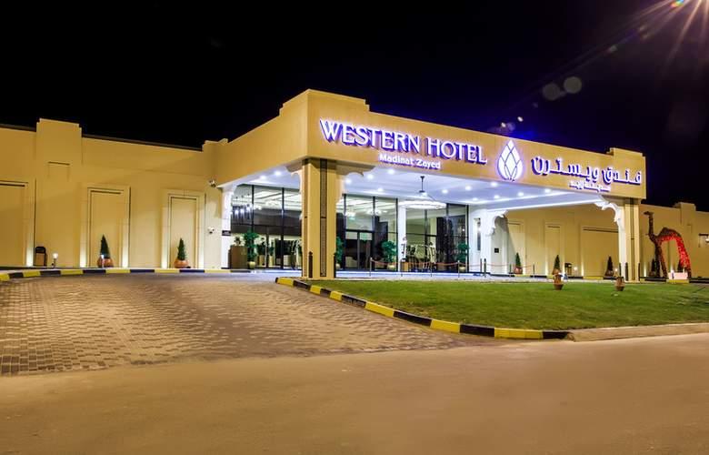 Western Madinat Zayed - Hotel - 0