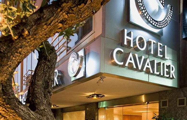 Le Cavalier - Hotel - 4