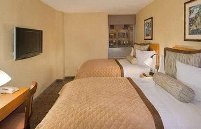 Wyndham Garden Hotel Chelsea West - Room - 4