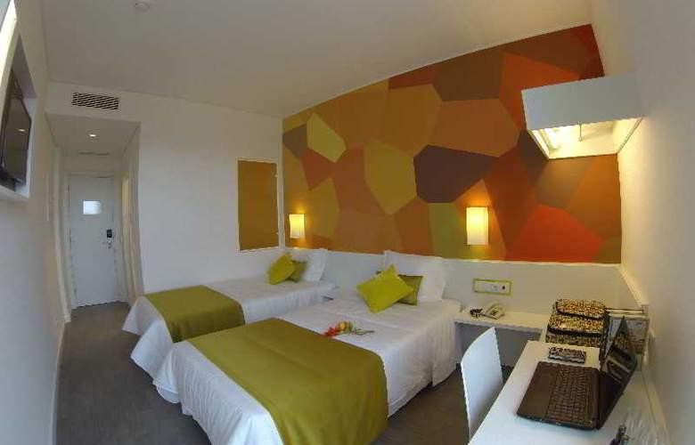 3K Faro Aeroporto - Room - 7