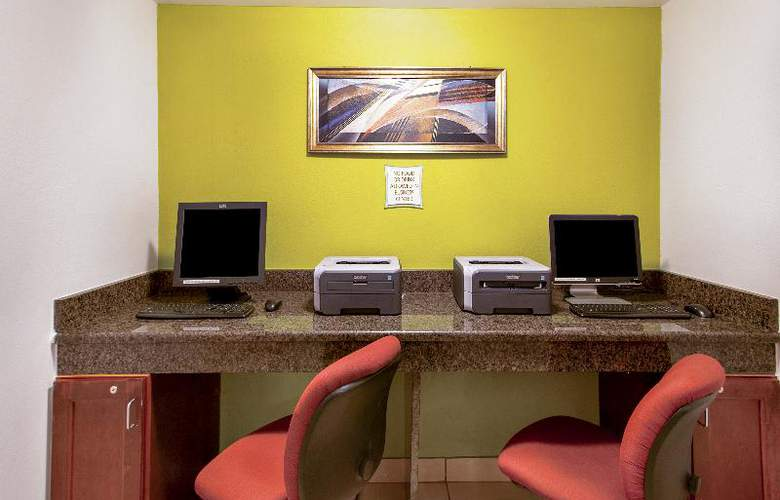 La Quinta Inn International Drive North - Hotel - 12