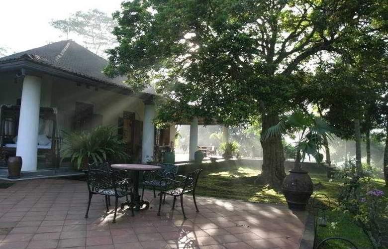 Losari Spa Retreat & Coffee Plantation - Terrace - 10