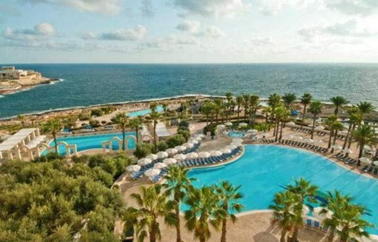 Hilton Malta - Pool - 6