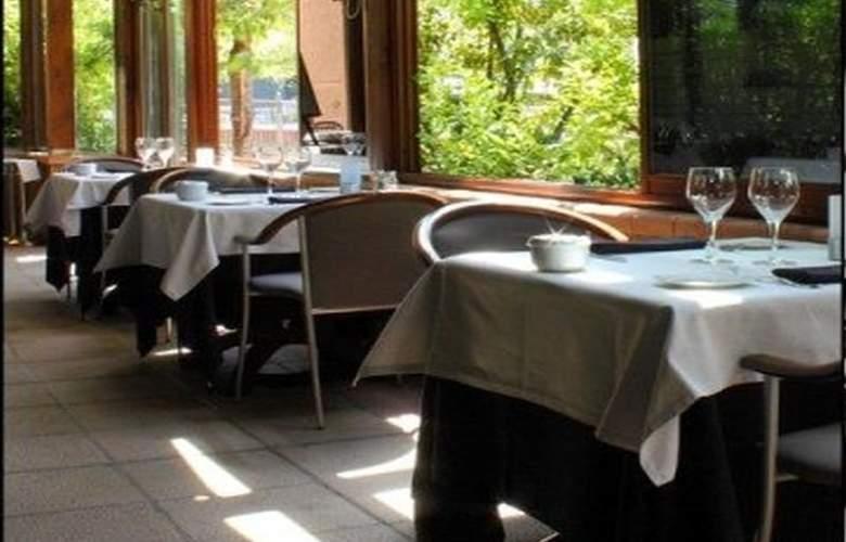 Acta Arthotel Andorra - Restaurant - 9