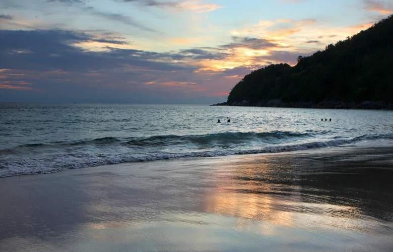 Le Meridien Phuket Beach Resort - Beach - 24