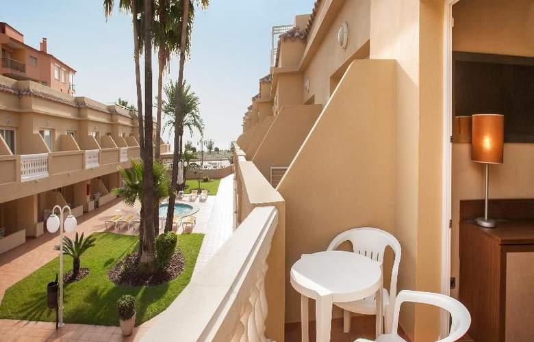 RH Casablanca Suites - Room - 15