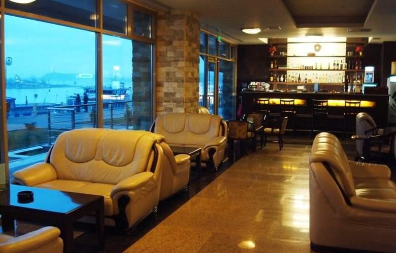 Esplanada Hotel - Bar - 2