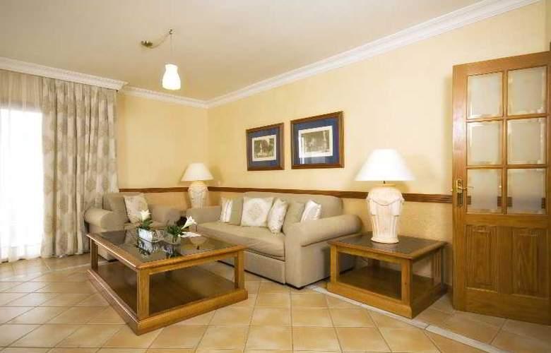 GF Gran Costa Adeje - Room - 18