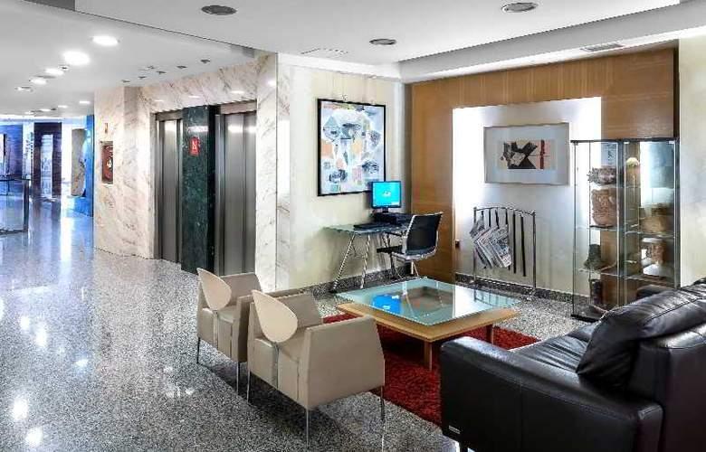 Nuevo Torreluz - Hotel - 6