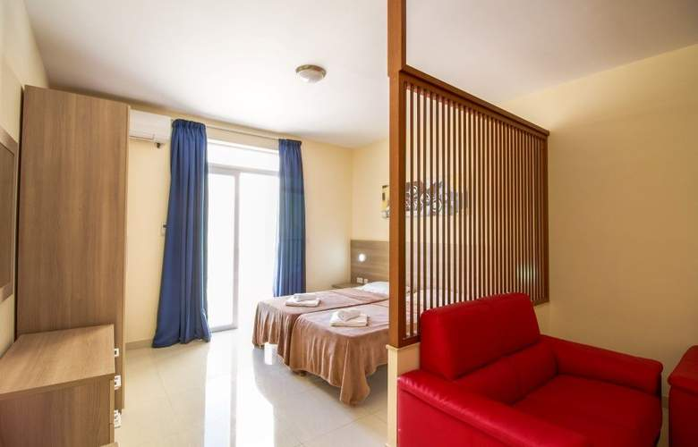 Blubay Apartments by ST Hotels - Room - 6