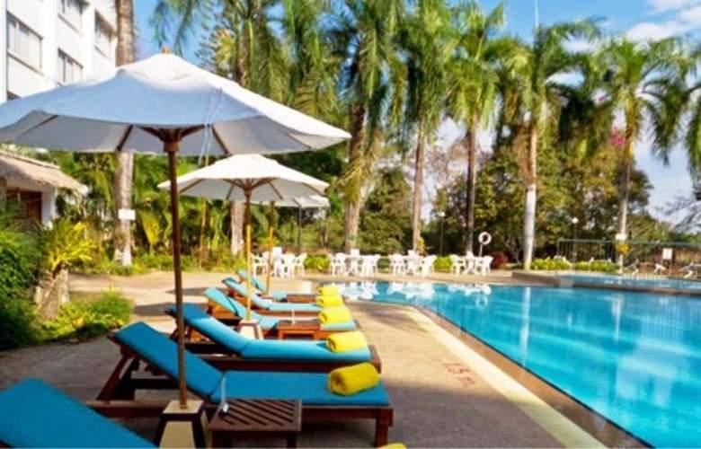 Centara Mae Sot Hill Resort - Pool - 9