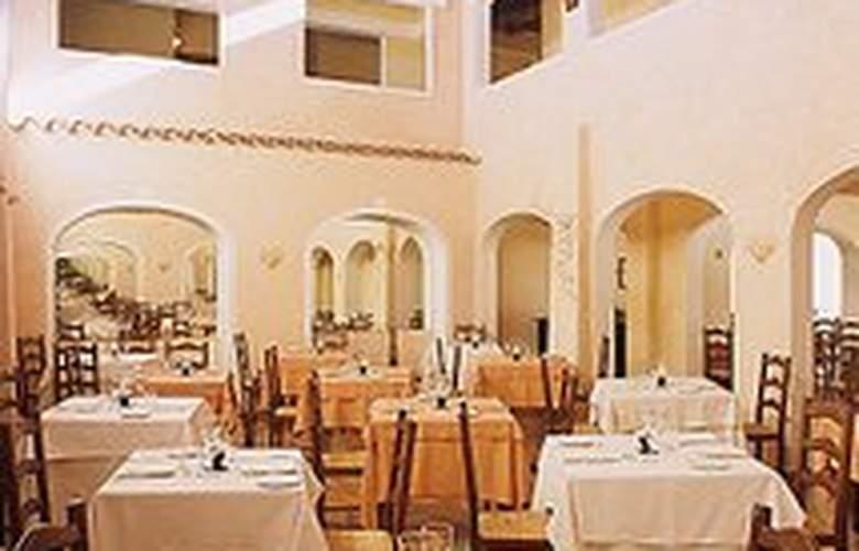 Colonna Du Golf Hotel - Restaurant - 10