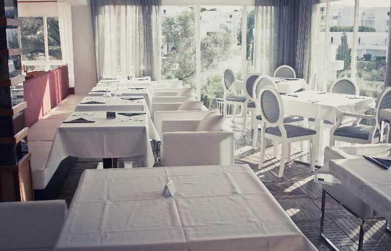 Playa Ferrera - Restaurant - 19