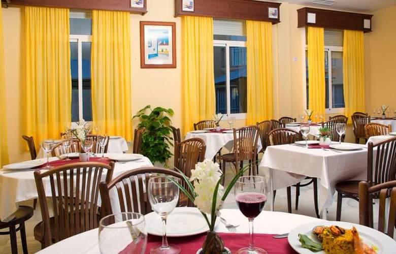 Interpass Golf Playa Country Club - Restaurant - 4