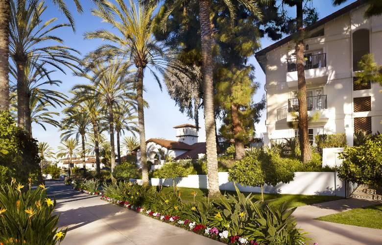 La Costa Resort & Spa - Terrace - 7