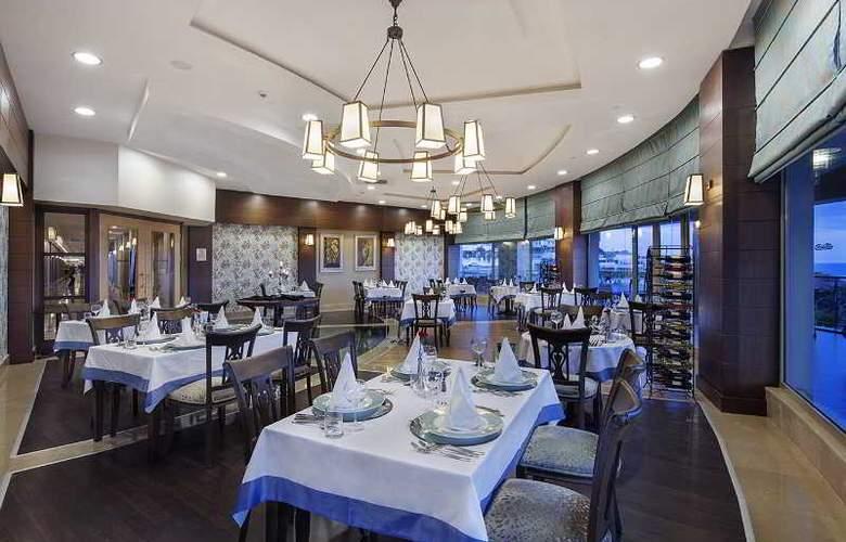 Alba Royal - Restaurant - 26