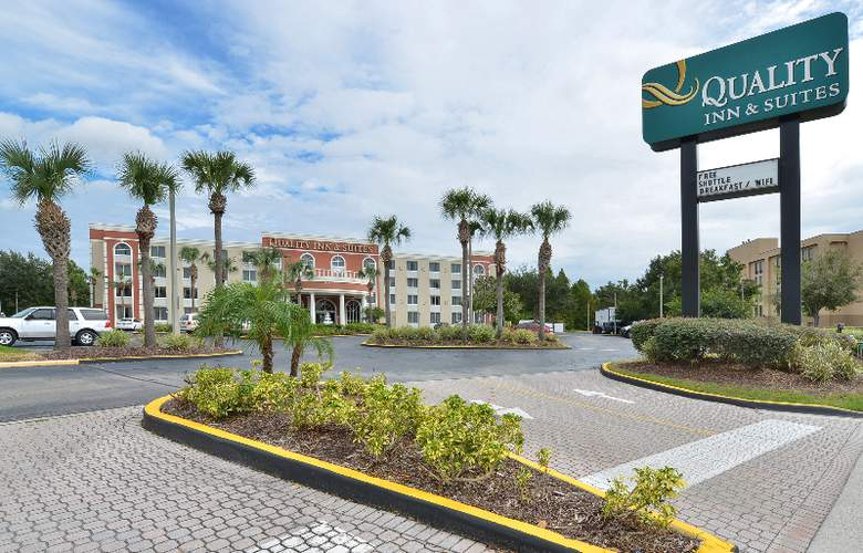 Quality Inn & Suites at Universal Studios - Restaurant - 4