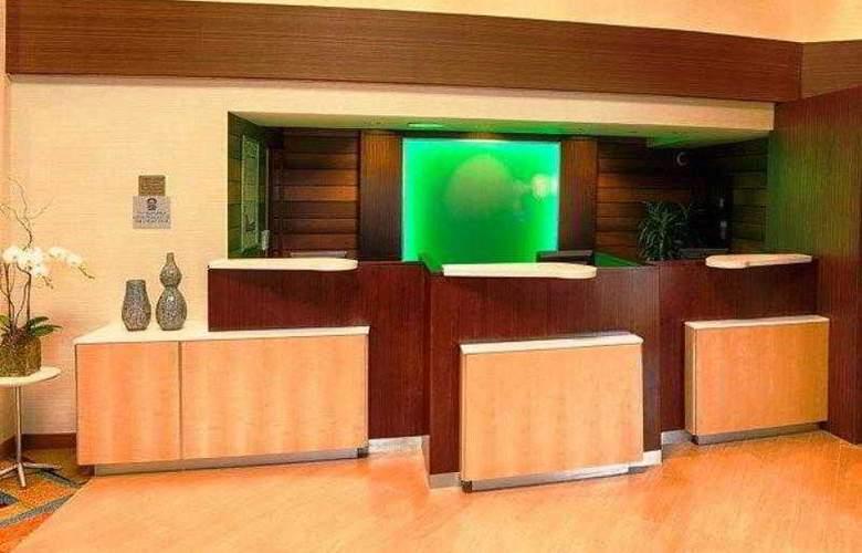 Fairfield Inn & Suites San Jose Airport - Hotel - 10
