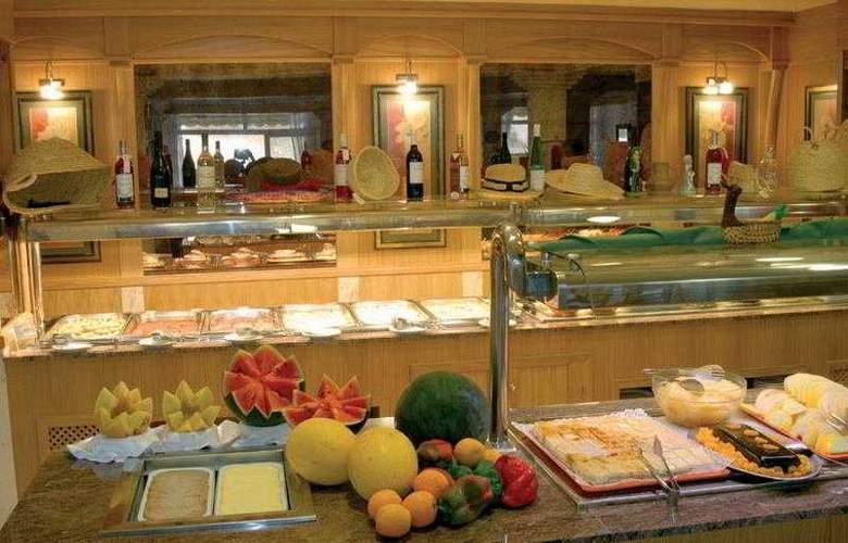 Amoros Hotel - Restaurant - 5