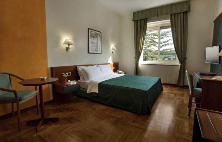 Grande Albergo Maugeri - Room - 3