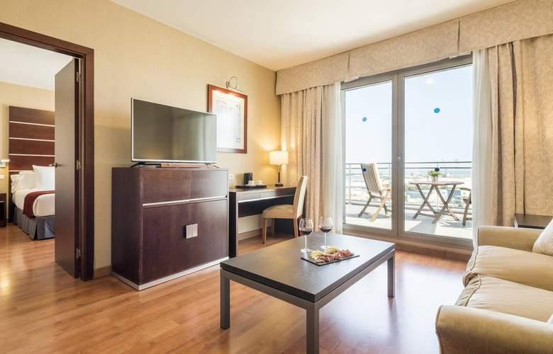 Ilunion Malaga - Room - 24