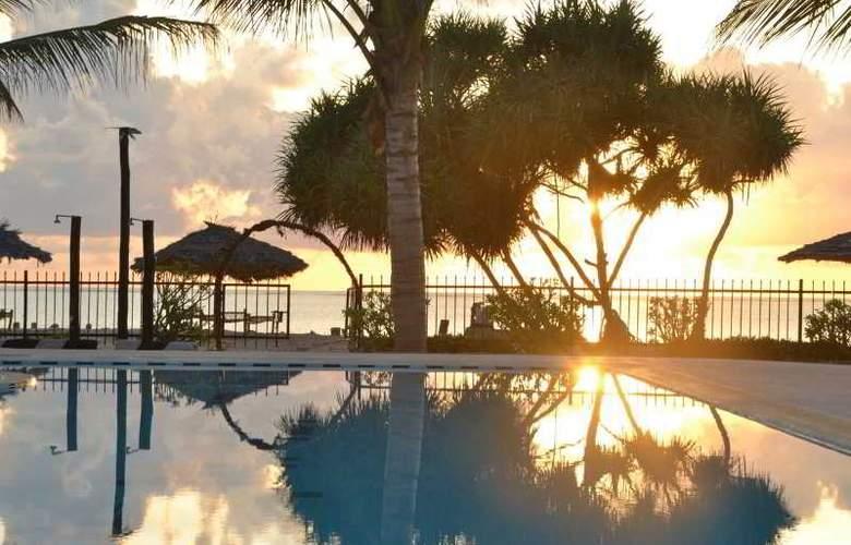 La Madrugada Beach Hotel & Resort - Hotel - 6