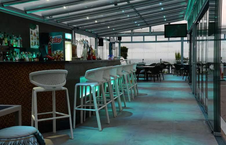 Apartamentos Bahia Blanca - Bar - 2